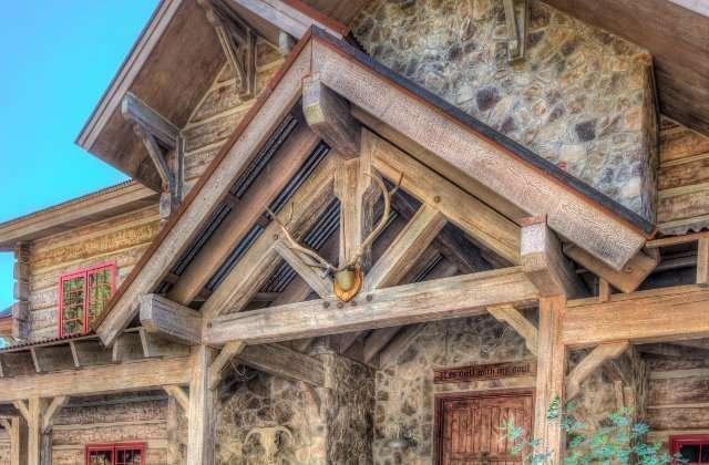 Everlog systems concrete log homes concrete log siding for Concrete log cabins