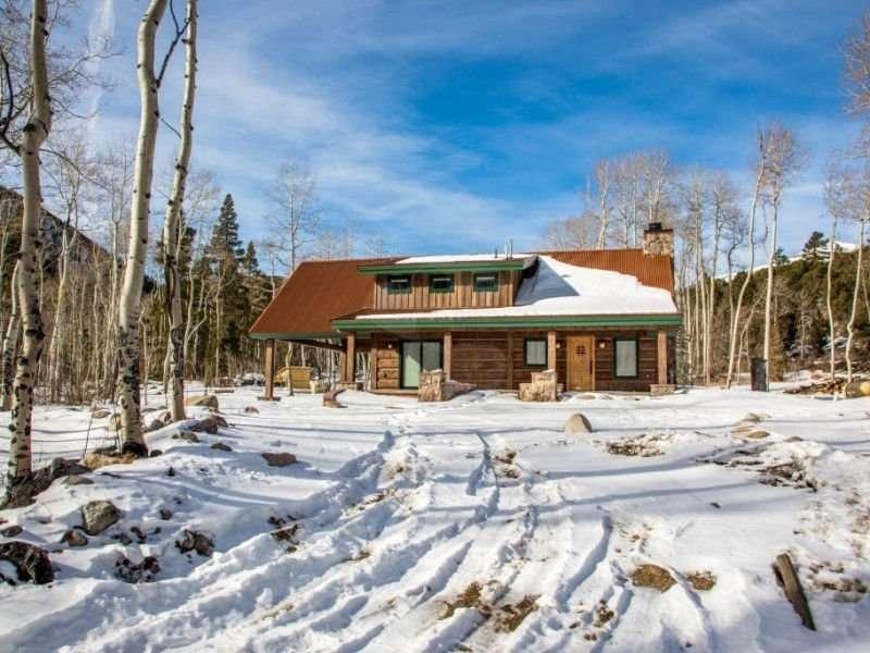 Image of Salida, Colorado Log Cabin - made with Everlogs Concrete Logs, Siding, and Timbers