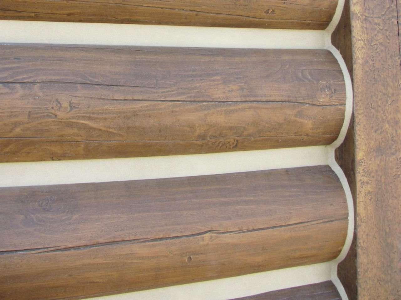 "12"" Round Natural Brown EverLog Siding"