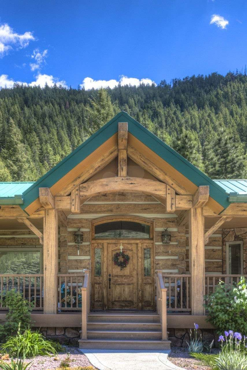 Image of Alberton Montana Residence - made with Everlogs Concrete Logs, Siding, and Timbers