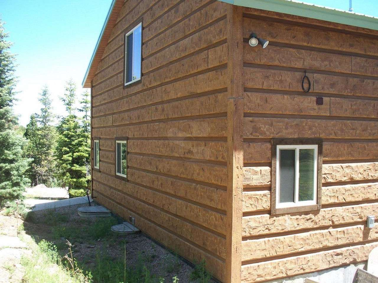 Cedar mountain utah cabin everlog systems for Log siding for houses