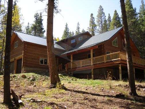 Image of Gunnison, Colorado Residence - made with Everlogs Concrete Logs, Siding, and Timbers