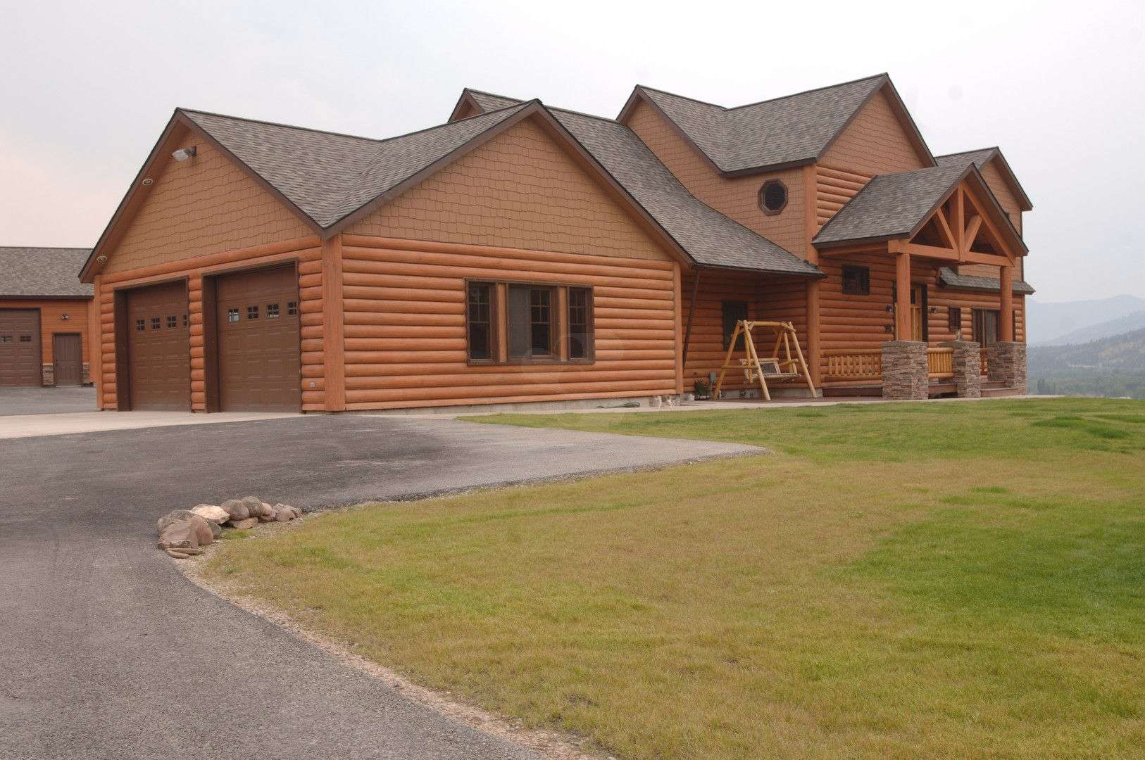 Huson montana residence everlog systems for Concrete log cabins