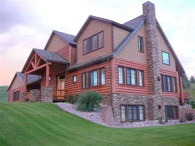 Image of Huson Concrete Log Home - made with Everlogs Concrete Logs, Siding, and Timbers