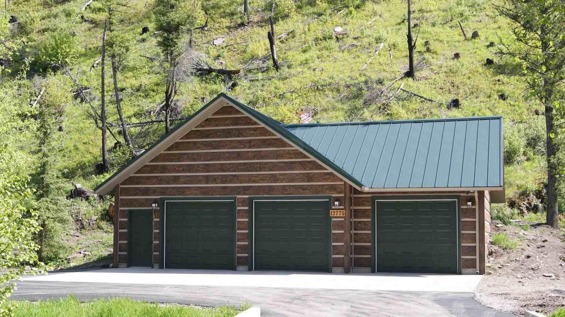 Missoula montana concrete log home everlog systems for Concrete log cabins