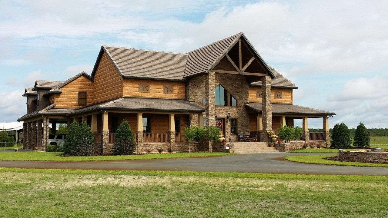 Image of Old Town, Florida Residence - made with Everlogs Concrete Logs, Siding, and Timbers