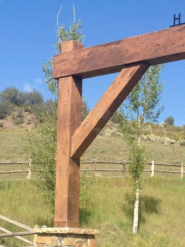 Snowmass Horse Ranch Concrete Timber Entry Way