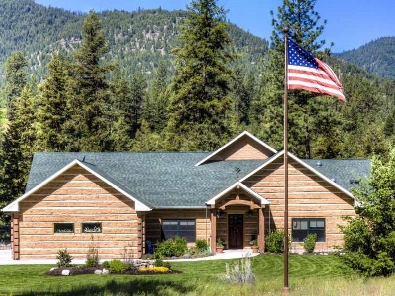 Image of Tarkio, Montana Residence - made with Everlogs Concrete Logs, Siding, and Timbers