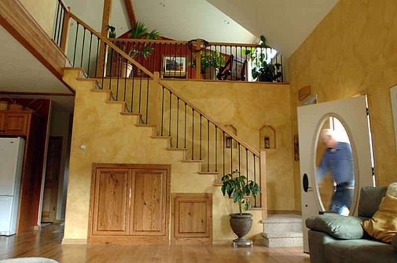 Typical EverLog Home Interior Entry Way