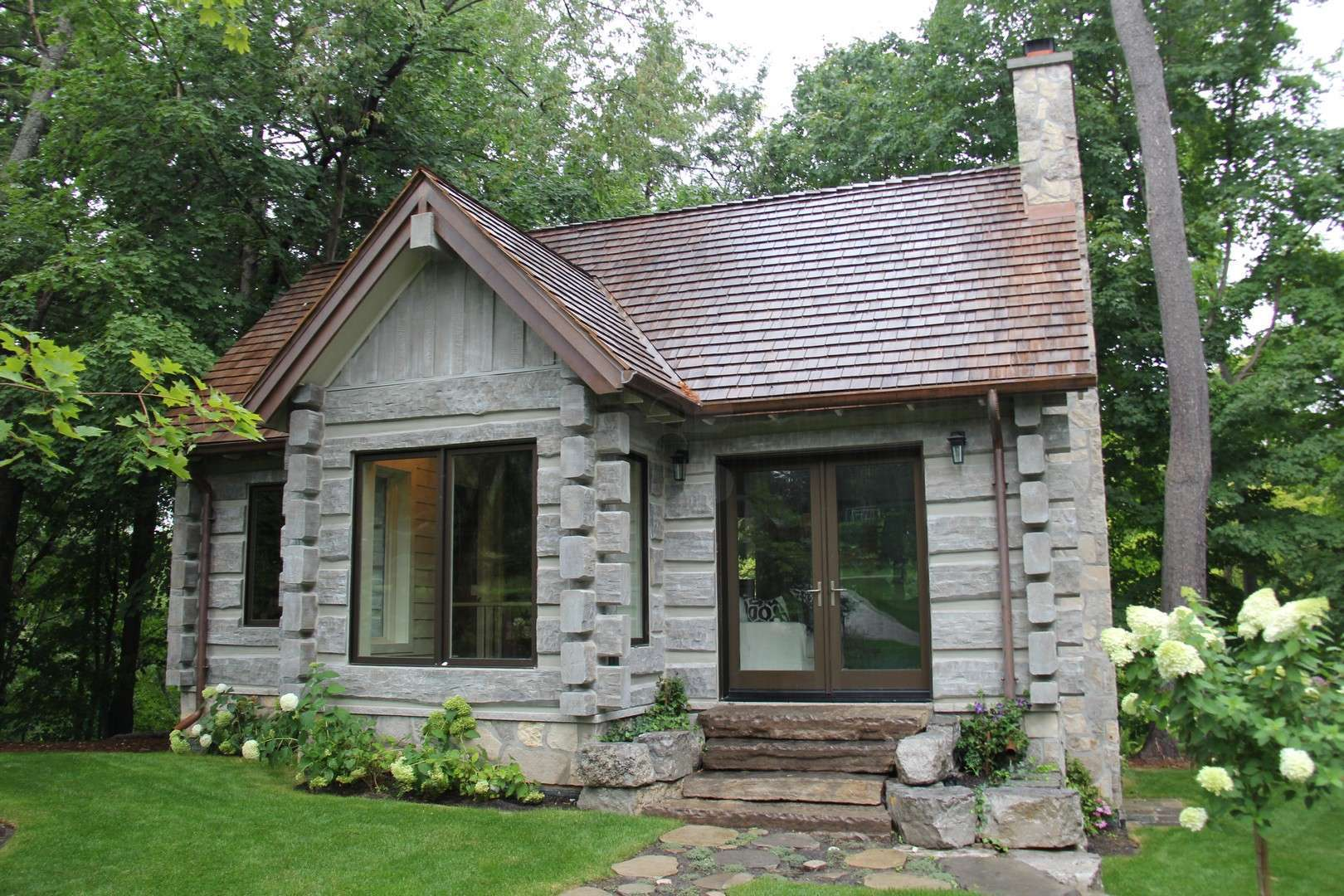 Toronto canada concrete log cabin everlog systems for 5 structural types of log homes