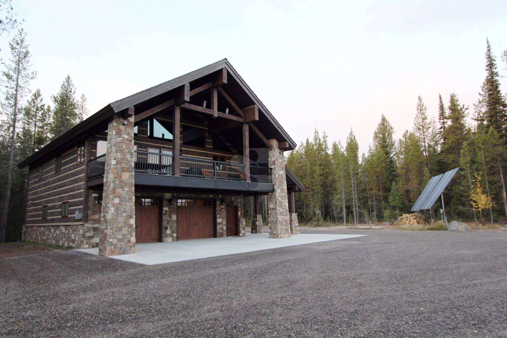 Yellowstone Chalet Everlog Systems