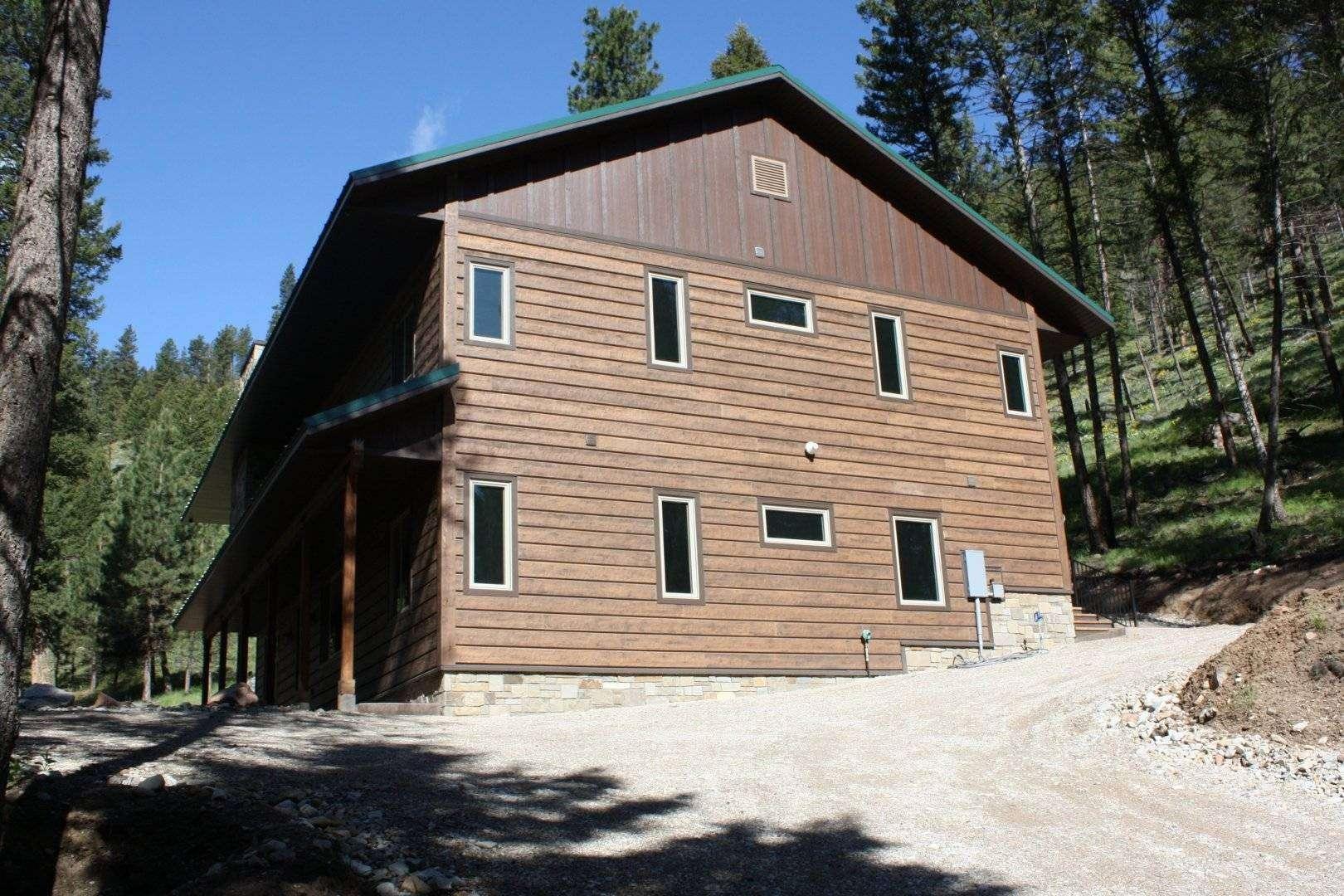 Retreat cabin sula montana everlog systems for Concrete log cabins