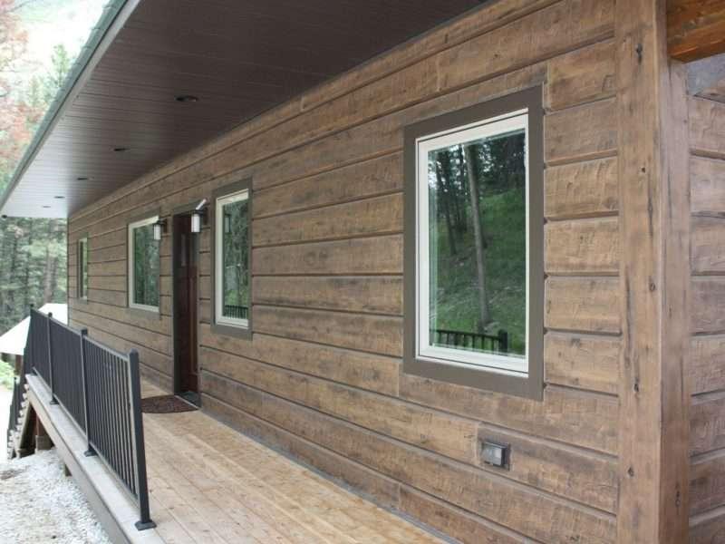 "Retreat Cabin, Sula, Montana - 10"" Plank Concrete Log Siding"