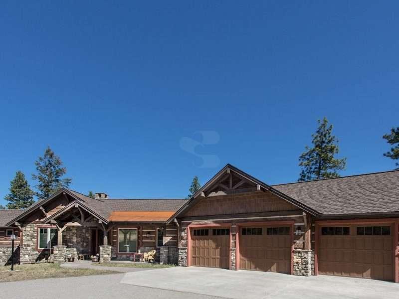Montana Log Home with Concrete Log Siding 01
