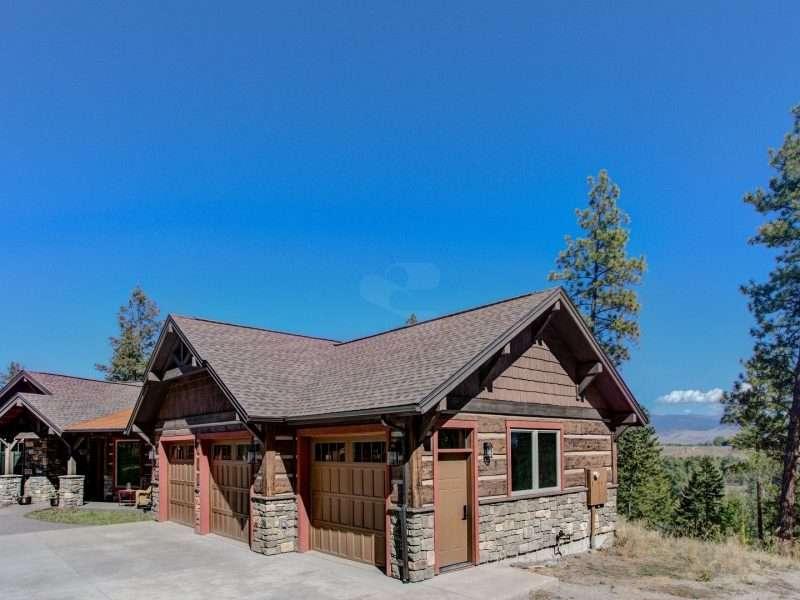 Montana Log Home with Concrete Log Siding 03