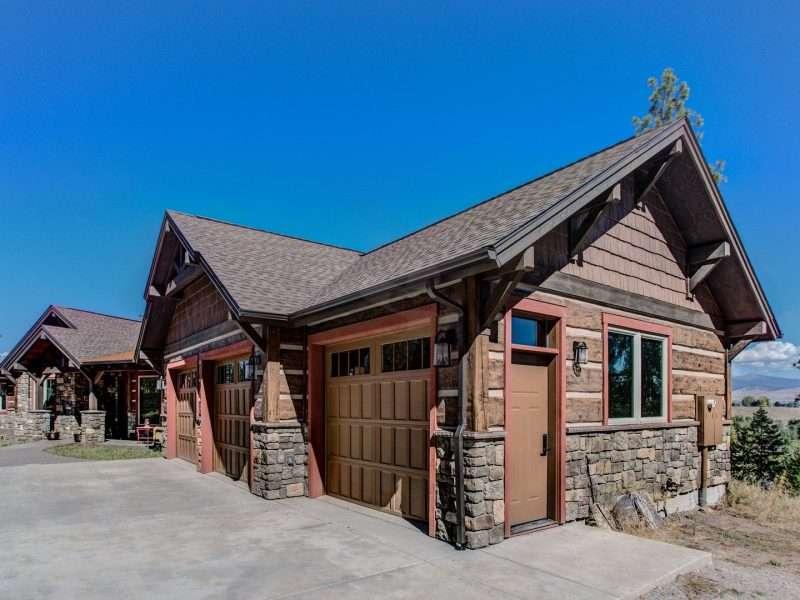 Montana Log Home with Concrete Log Siding 04