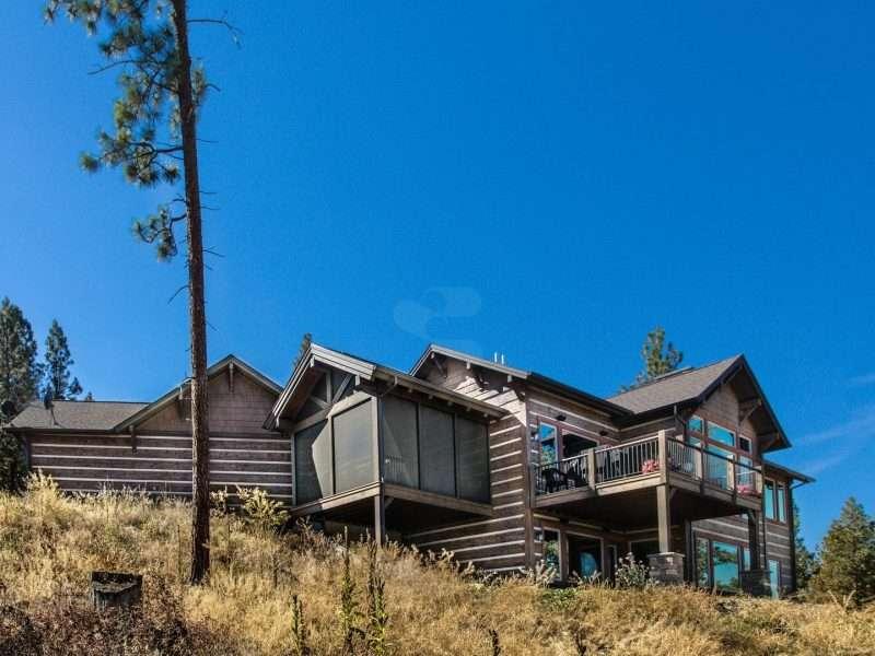 Montana Log Home with Concrete Log Siding 05