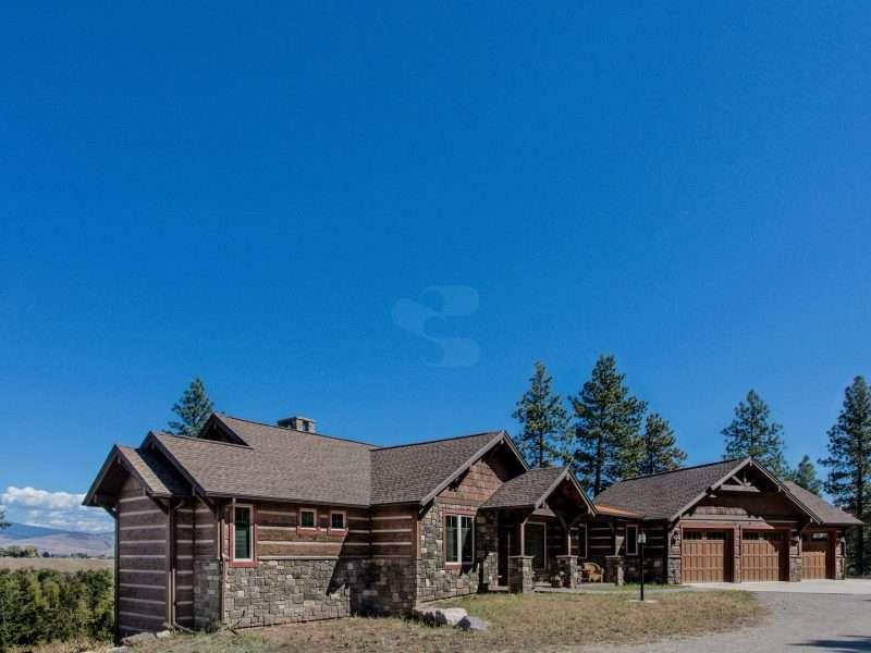Montana Log Home with Concrete Log Siding 07