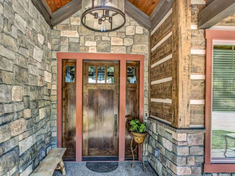 Montana Log Home with Concrete Log Siding 08