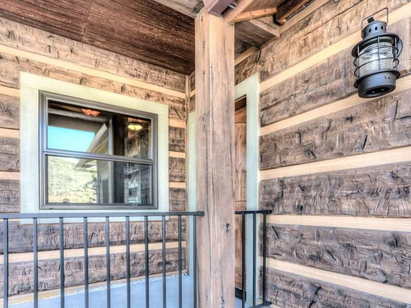 Cooney Ridge Log Home Using Concrete Log Siding