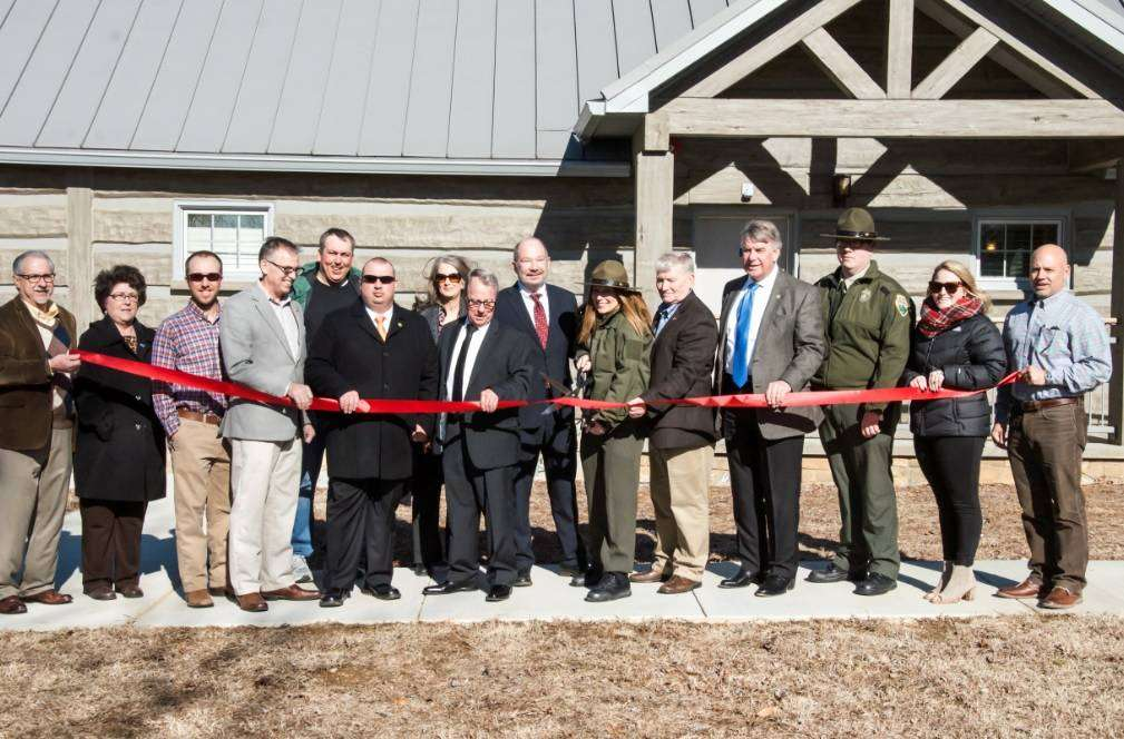 Reelfoot Lake Cabins Ribbon Cutting