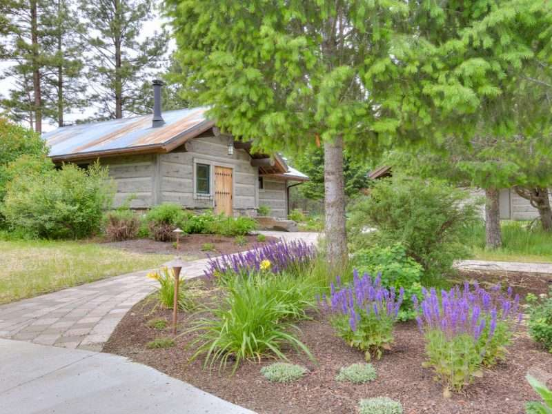"""Rustic Ranch Home with 16"""" Concrete EverLog Siding"""