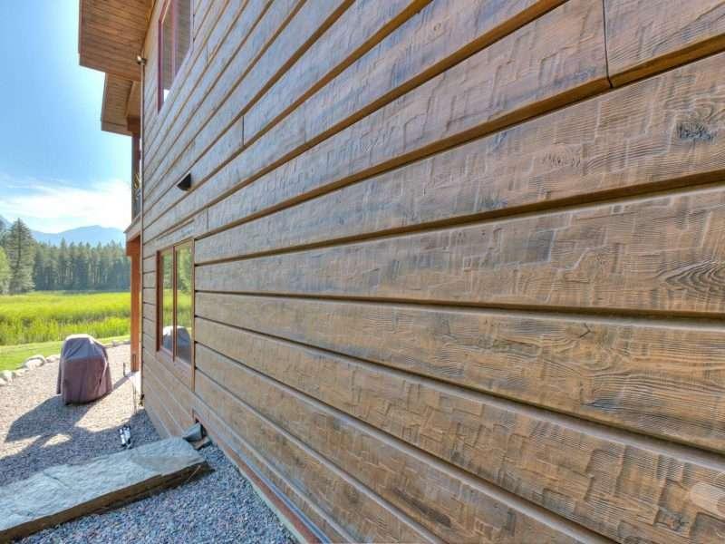 "Bigfork, Montana 10"" Plank EverLog Shiplap Siding"