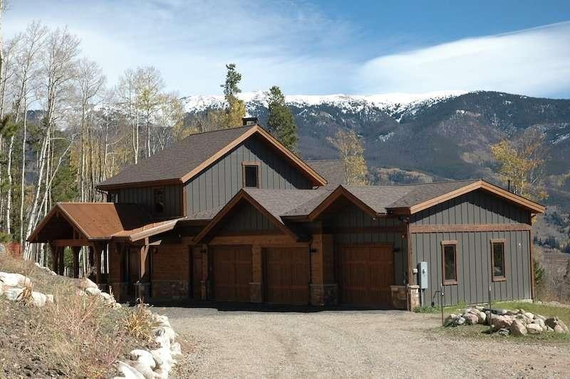 Silverthorne, Colorado Log Siding Home